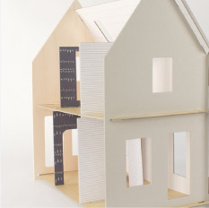 Lille Huset A-Frame Dollhouse